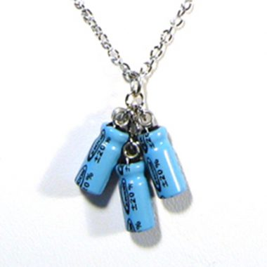 teal_triple_capacitor_necklace2